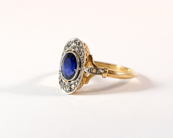 GM359-3 ICYMI Bague ancienne or jaune platine diamant et pierre bleue dos - Gold and platinum vintage antique blue stone and diamond ring