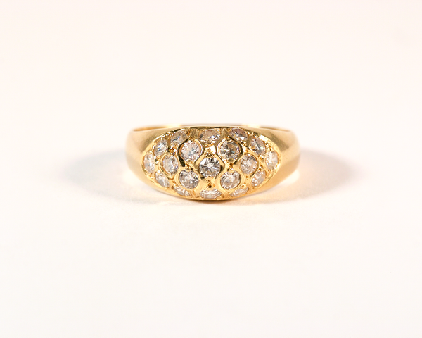 GM371-1 ICYMI Bague or jaune dôme pavé de diamants - Gold and diamond pavé dome ring