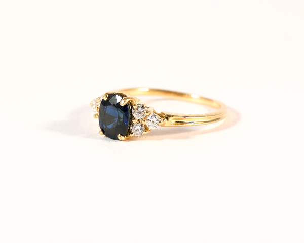 GM371-2 ICYMI Bague or jaune saphir et diamants - Gold sapphire and diamond ring