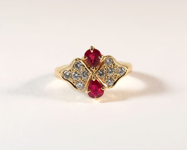 GM405-2 ICYMI Bague or jaune, diamants et rubis poires - Gold diamond and ruby butterfly ring