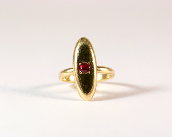 GM424-7 ICYMI Bague forme marquise en or jaune et rubis - Gold and ruby marquise shaped ring