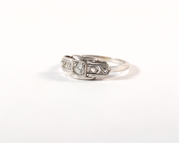 GM441-1 ICYMI Bague ancienne 1930 art deco platine or et diamants - Gold platinum and diamond ring