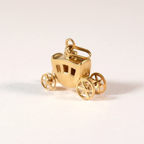 GM448 ICYMI Pendentif ancien or jaune carrosse - Gold vintage antique carriage pendant