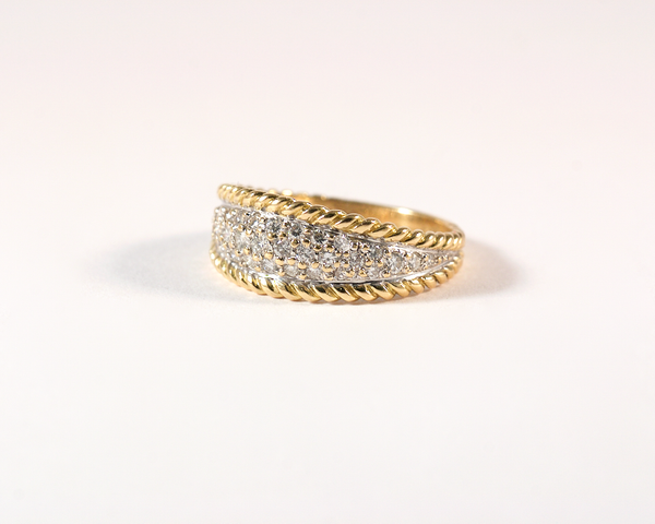 GM455 ICYMI Bague ancienne bandeau pavage or jaune diamants - Gold band diamond vintage ring
