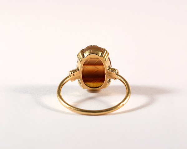 GM494-2 ICYMI Bague or jaune et scarabée en agate - Gold and agate scarab ring