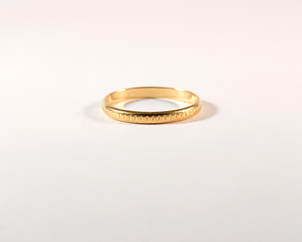 GM495-5 ICYMI Alliance or jaune ciselé - Gold ciseled wedding ring