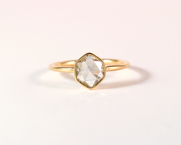 GM50-1 ICYMI Bague or jaune et diamant taille rose - Gold and rose cut diamond solitaire ring