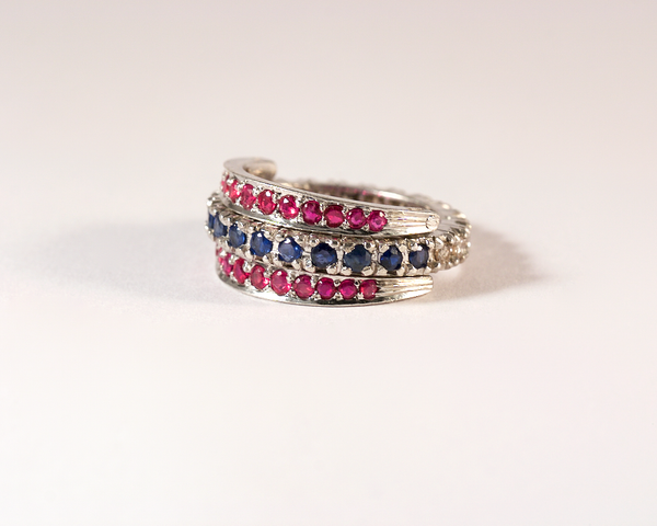 GM504-2 ICYMI Alliance américaine et anneaux mobiles argent saphir rubis et diamants - Silver ruby sapphire and diamond three band wedding band vintage