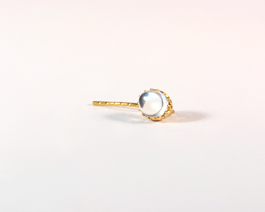 GM523-2 ICYMI Epingle de cravate or rose 14k et pierre de lune transformée en clou d'oreille - 14k Gold and moonstone tie pin converted into an earring