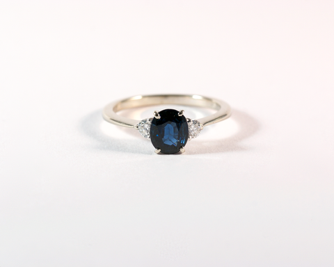 GM527-1 ICYMI Bague or blanc saphir et diamants - Gold sapphire and diamond ring