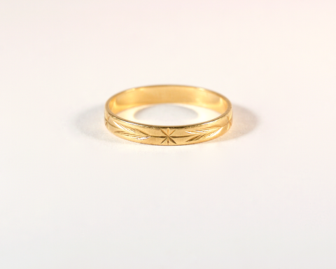 GM554 ICYMI Anneau alliance ancienne or jaune étoiles et flèches - Yellow gold arrow vintage antique ring