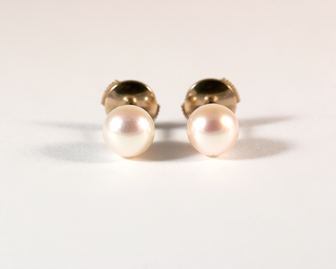 GM576-3 ICYMI Paire de puces or blanc et perle de culture - Gold and pearl studs