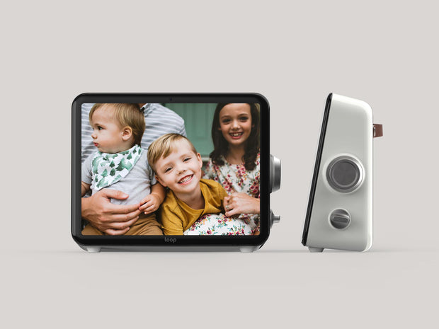 Loop - Worlds simplest digital photo frame