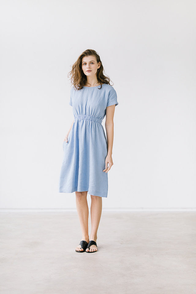 The Francine linen dress (light blue)