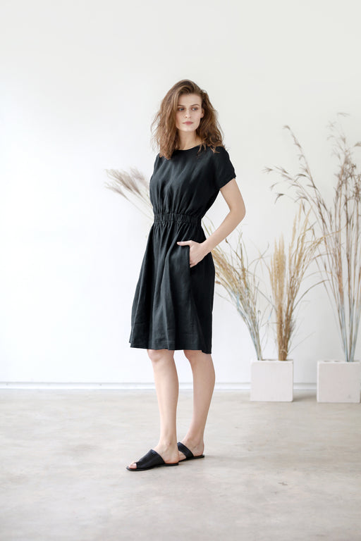 The Francine linen dress (black)