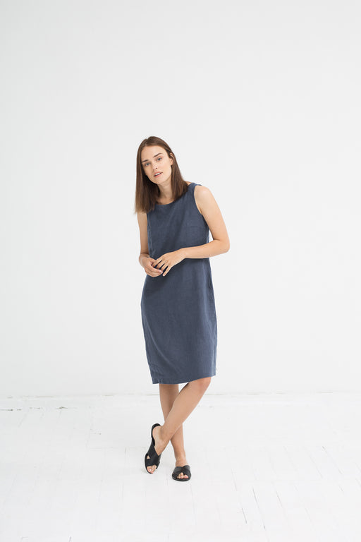 The Jackie linen dress (grey)