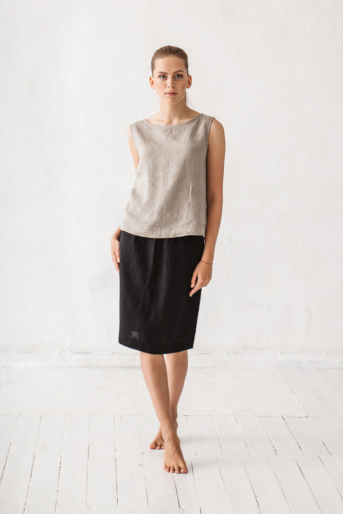 The Denisse linen skirt (black)