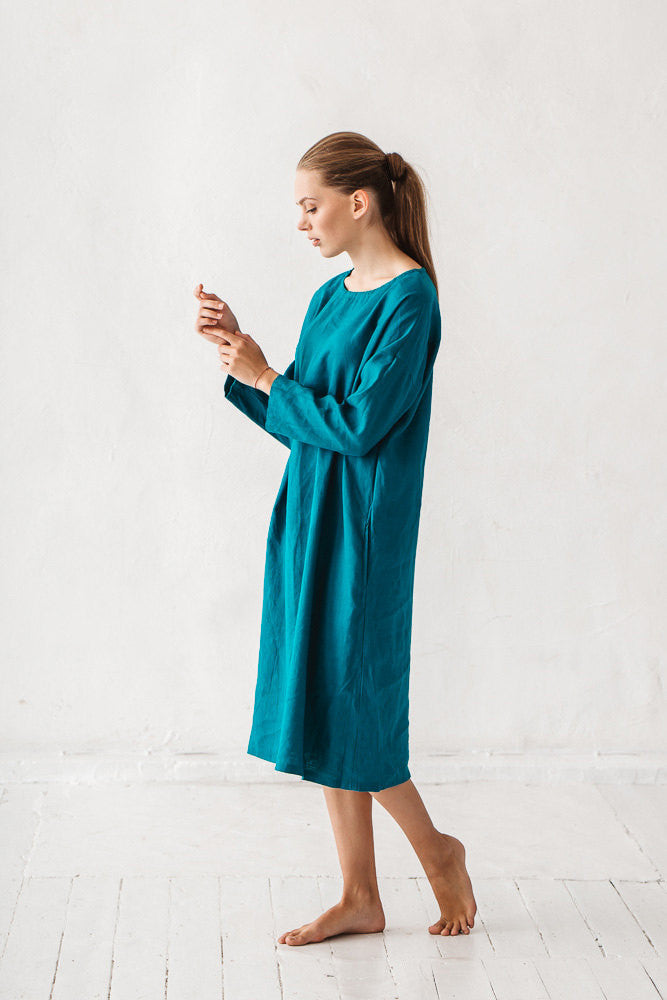 The Angelina linen dress (teal blue)