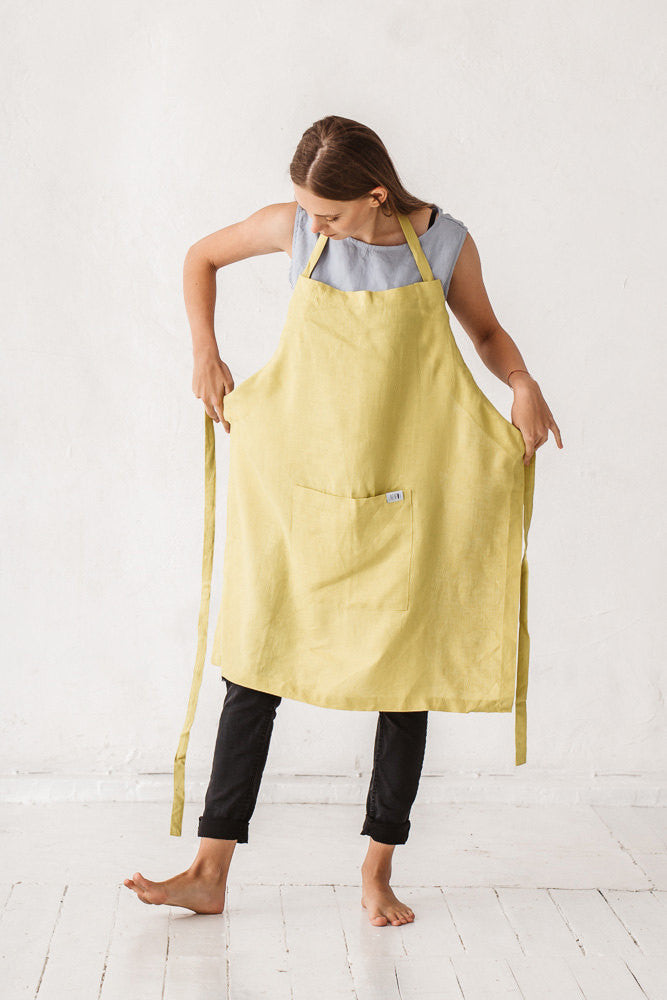 The Raven linen apron with pocket (lime yellow)