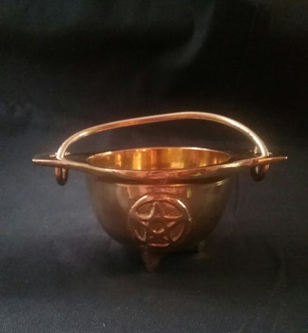 GOLD CAULDRON WITH PENTACLE