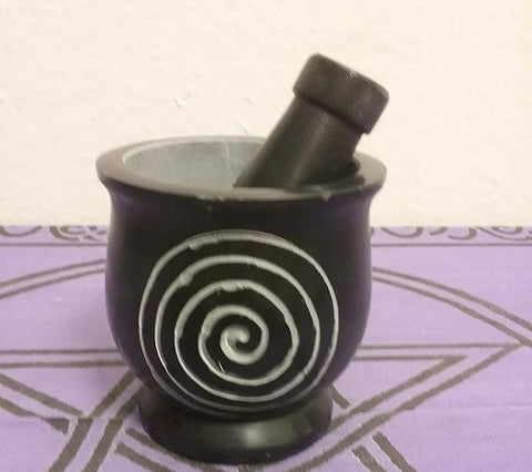 SPIRAL MORTAR AND PESTLE