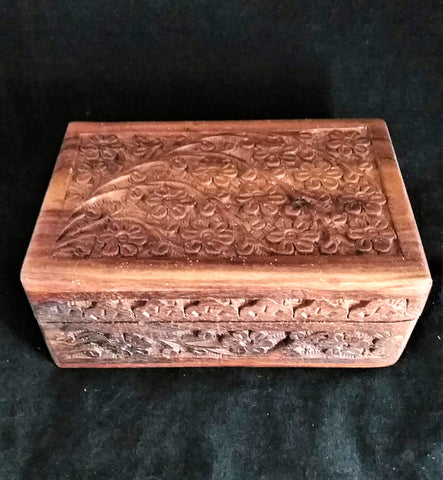FLORAL CARVED WOODEN BOX 4X6