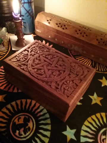 CARVED PENTACLE WOODEN BOX 4X6