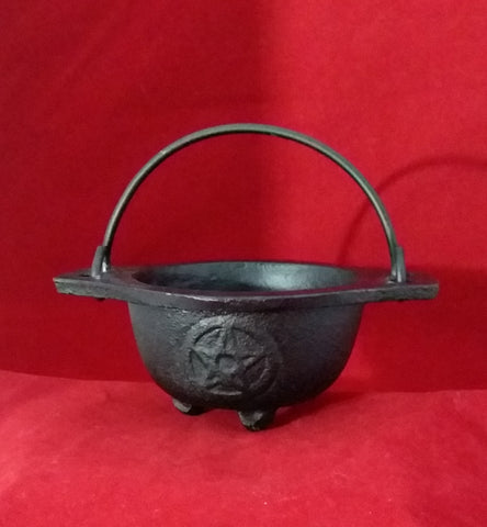 PENTACLE CAST IRON CAULDRON 3in.