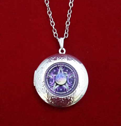 TRIPLE MOON LOCKET