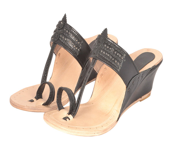 Women Kapsi Wedge Black Kolhapuri Chappal