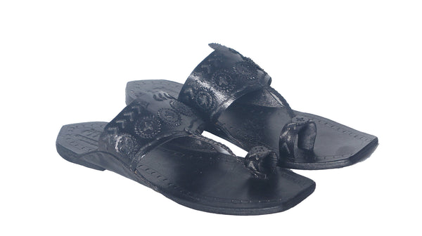 Men Black Colour Leather Tshape Kolhapuri Chappal