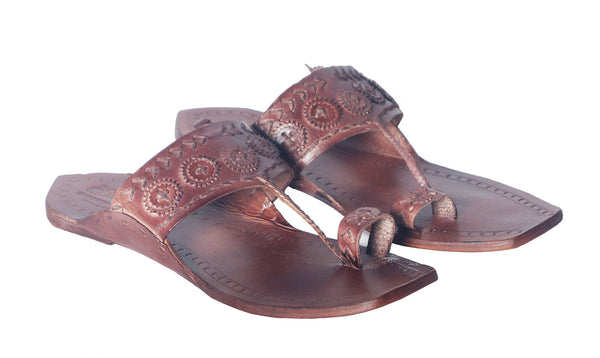 Men Leather Chakri Kolhapuri Tshape Chappal