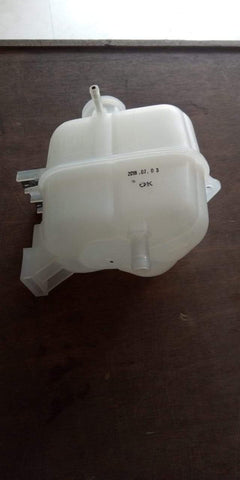 Chevrolet Beat Petrol Coolant Bottle J42620260