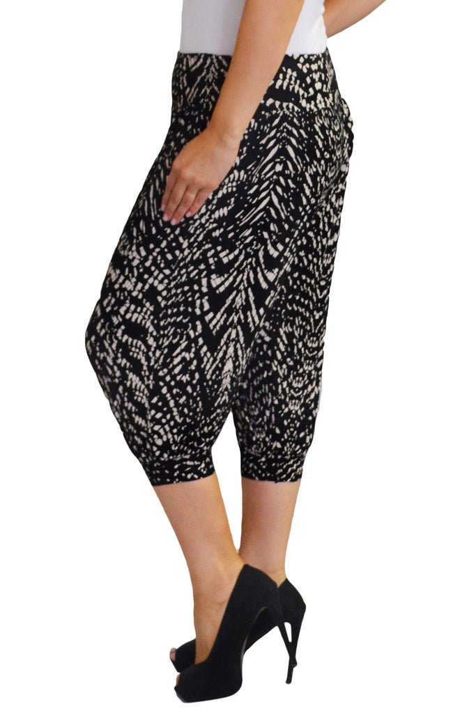 7096 Black Cropped Animal Print Harem Trouser
