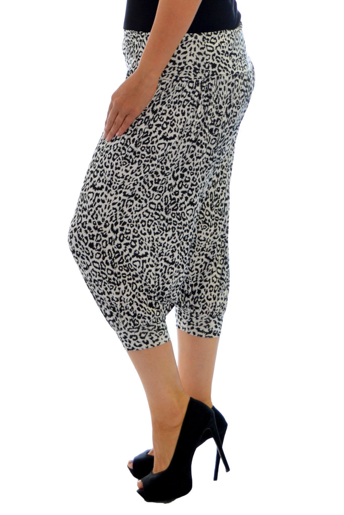 7091 White Cropped Monochrome Print Harem Trouser