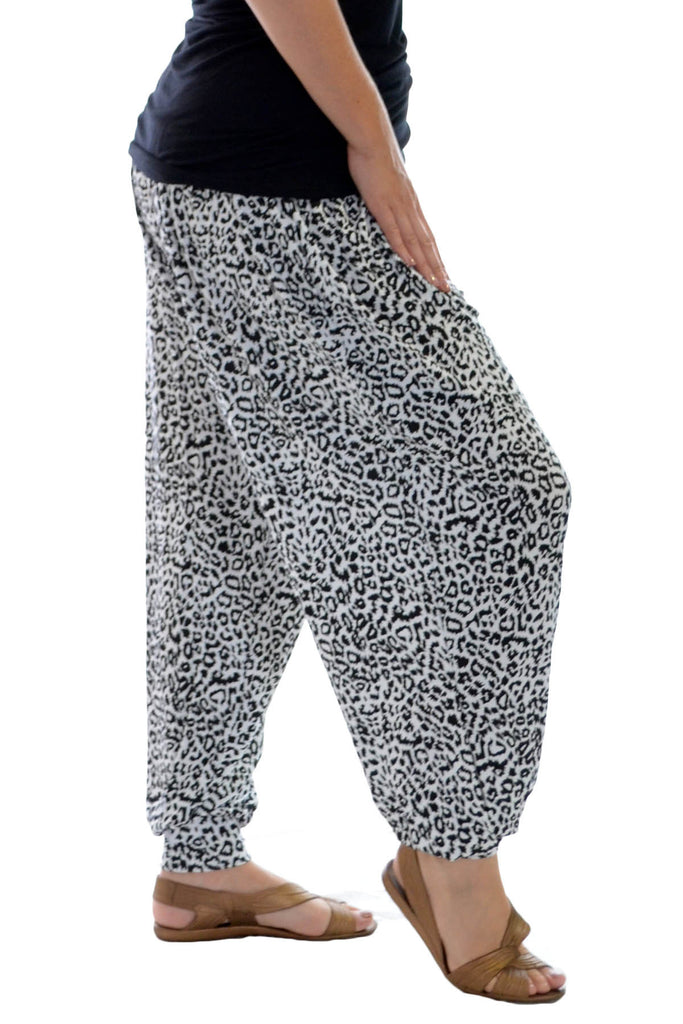 7077 White Mocochrome Leopard Ali baba Trousers