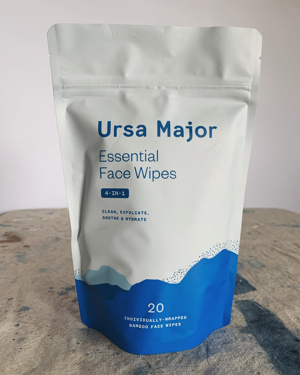 4-in-1 Essential Face Wipes