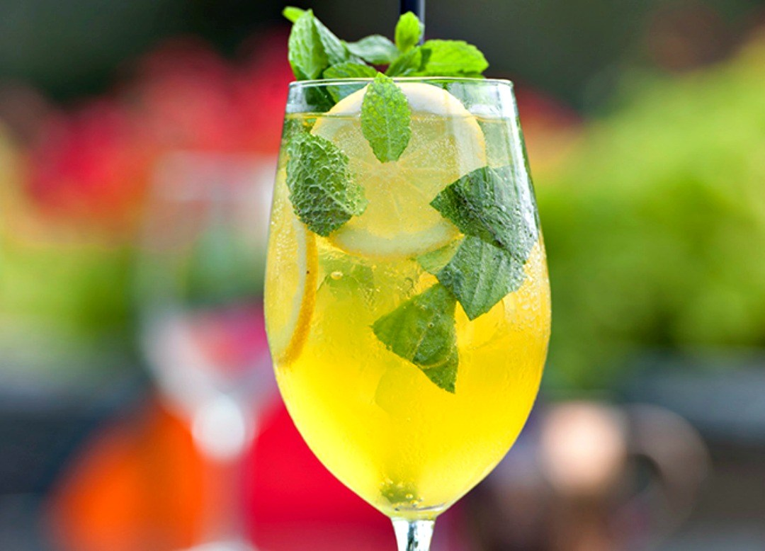 Limoncello cocktail drinks spritz - Agrumia