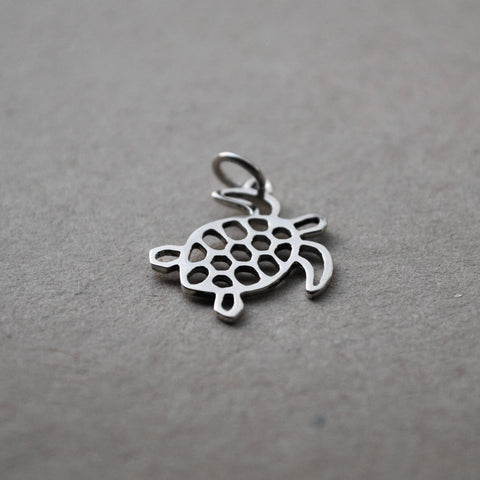 The Deep Blue: Turtle Charm