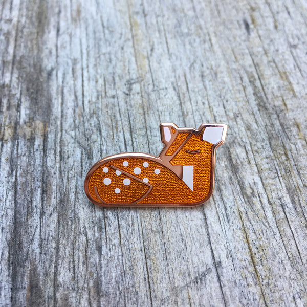 Goldie Fawn Pin