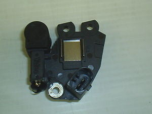 595339 *NEW* OE Valeo Electronic Alternator Regulator / Brush Holder