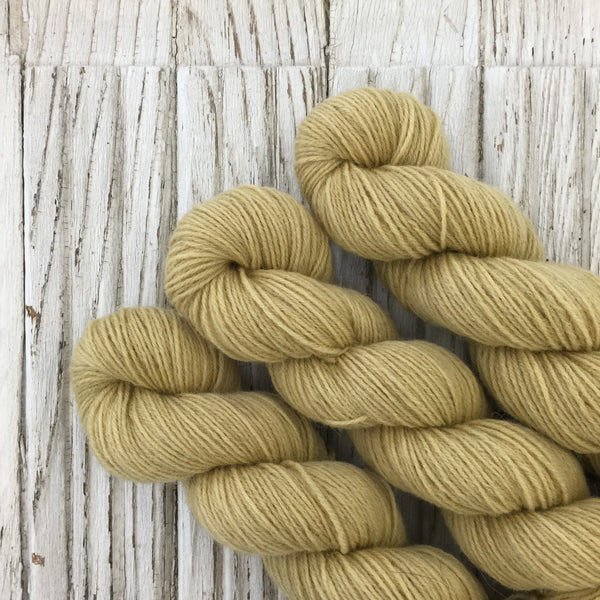 Antique Gold- WGLY Rustic non superwash 4PLY