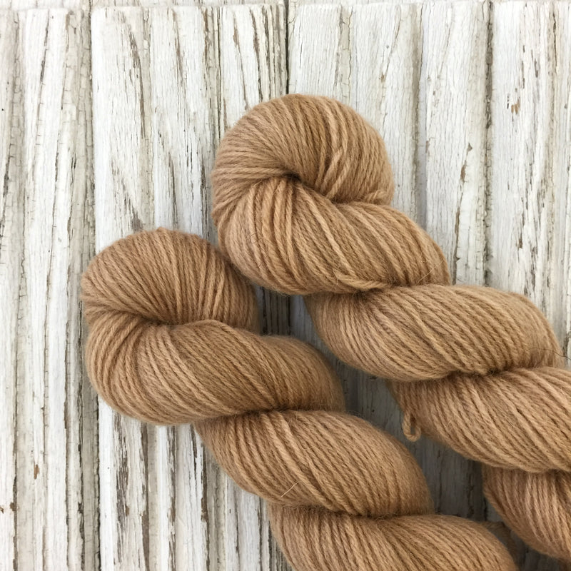 Cinder Toffee -   WGLY Rustic non superwash 4PLY