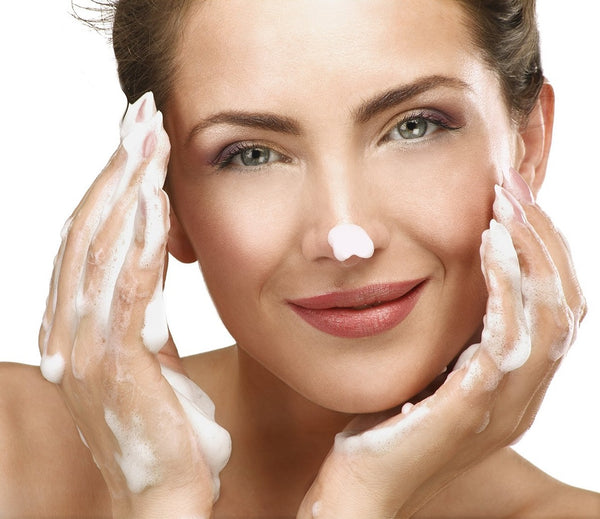 Top Tips for Picking the Right Facial Cleanser for Your Skin