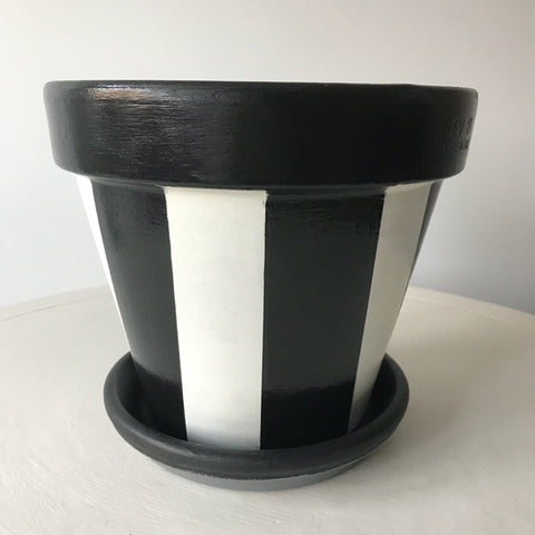 Black White Stripe Planter & Saucer