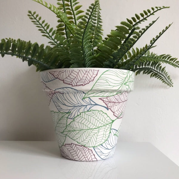 White Green Brown Navy Leaf Terracotta Plant Pot 17cm