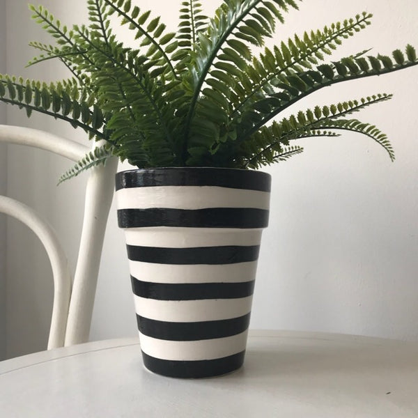 Black White Stripe Long Tom Pot 17.5cm