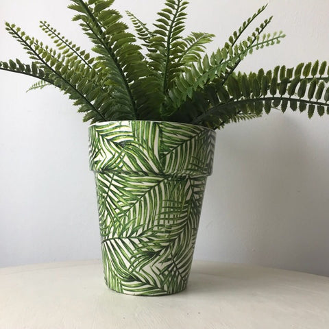Green Palm Leaf Terracotta Plant Tom Pot Tall 17.5cm
