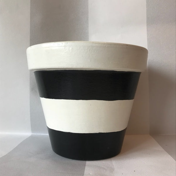 Black White Stripe Large Plant Pot & Saucer