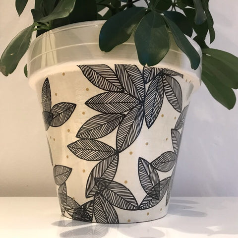 Gold Spot and Black Leaf Large Planter 21cm - Palm Pot & Peony